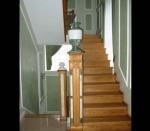 заходной столб с каменными встаками и вазой